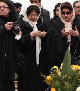 مراسم تشییع جنازه ظاهر هویدا برگزار شد - روزنامه افغانستان